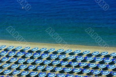 Horizontal beach geometry
