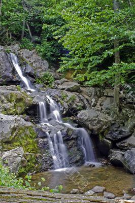 Layered waterfall