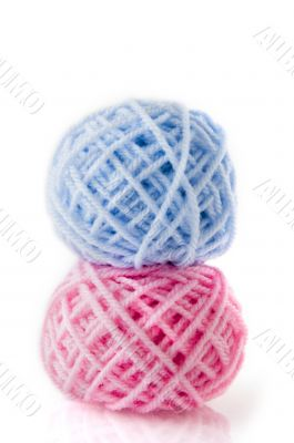 Wool in blue and pink