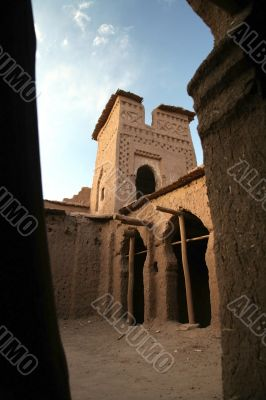 kasbah ait benhaddou court