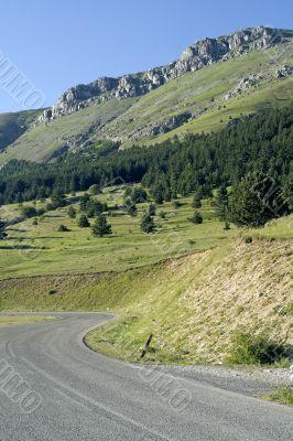 Gran Sasso d`Italia, mountain road
