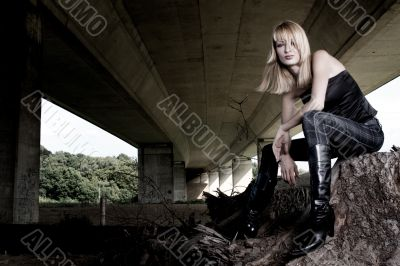 Paris Hilton look-a-like fashion shoot under a bridge