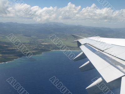 airplane wings during flight