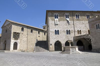 Bevagna - Medieval buildings in the main square