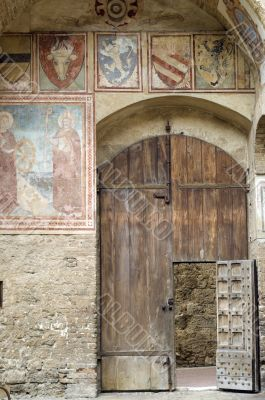 San Gimignano (Siena) - Door of medieval palace