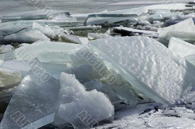 The Ice on the lagoon