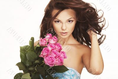 brunette with pink roses