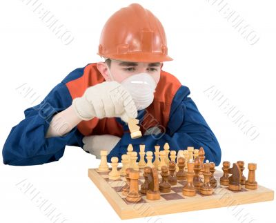 Builder play in chess