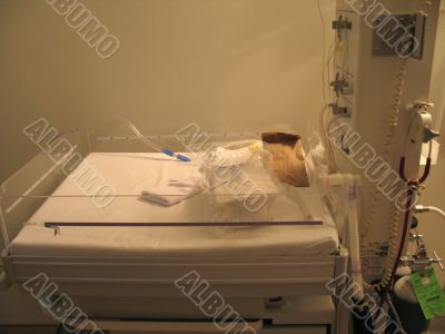 hospital baby bed
