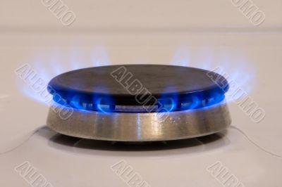 Natural gas from a ring