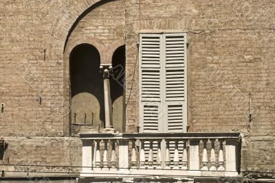 Parma - Windows of various ages