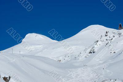 Elbrus peaks