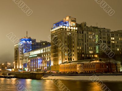 Big highlighted house on the Moscow river