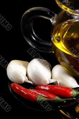 garlic extra virgin olive oil and red chili pepper