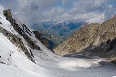 The picturesque winter mountain view