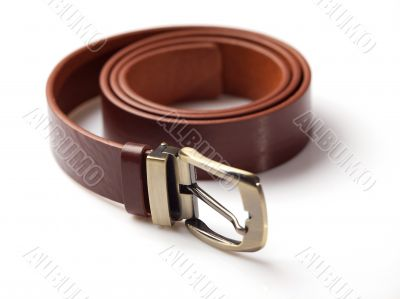 Brown men`s belt with bronze clasp