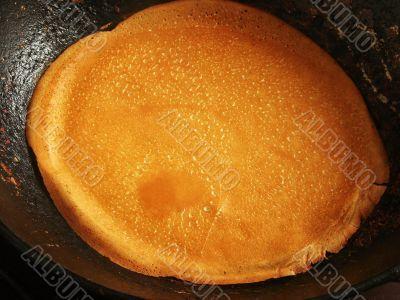 pancake preparing