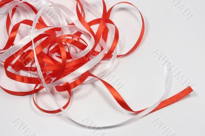 Red and wite ribbons