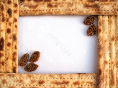A frame of matzo with crackers