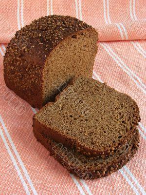 spicy black bread