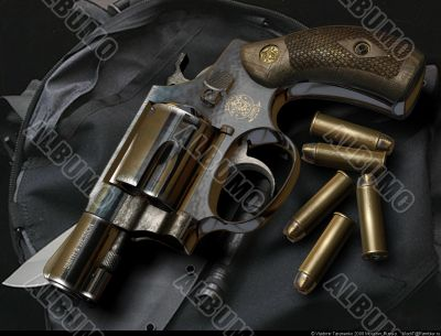 Smith-Wesson Chief`s Special revolver