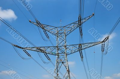 Two-tiered support of power transmission line