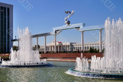 Fountains and Gate of the Independence Square