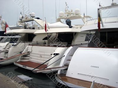 yachts in cannes
