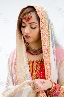 Elegant Bengali bride