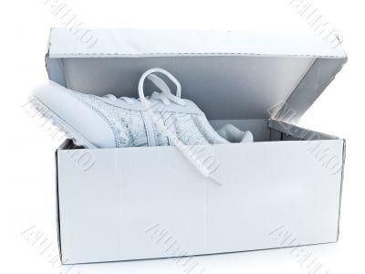 jogging shoes