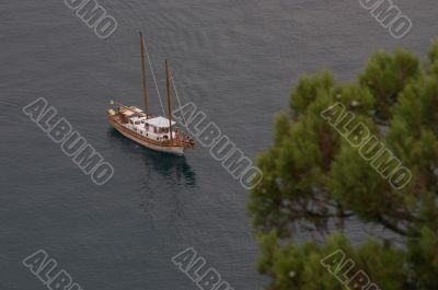 Alone yacht
