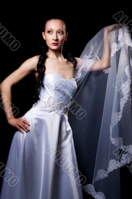 bride in white with bridal veil