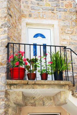 Old stone house in Montenegro - Entrance door
