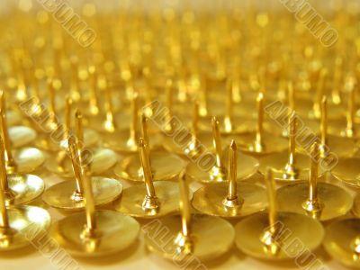 many pins