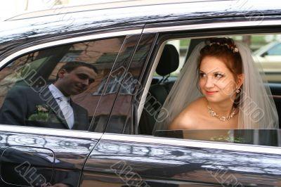 Bride with groom reflexion