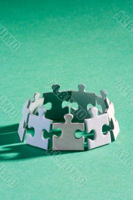 Jigsaw group green