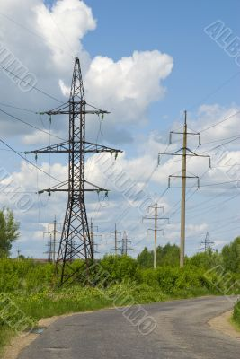 Power transmission tower