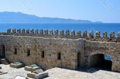 Fortification: Venetian castle, Koules