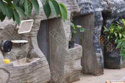 Lavatory into a tree-trunk processes