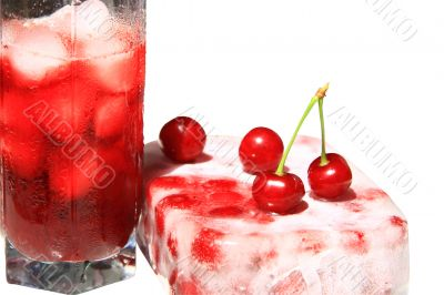 Cherry juice with ice