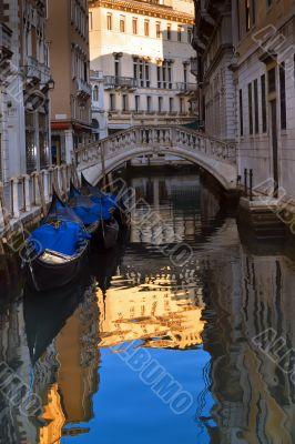 Gorgeous Venice - the Ponte Tron or Ponte de la Piavola