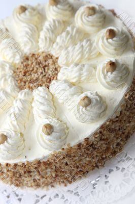 Cream cake with almond edge
