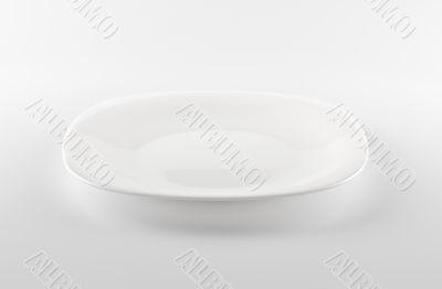 empty white dish