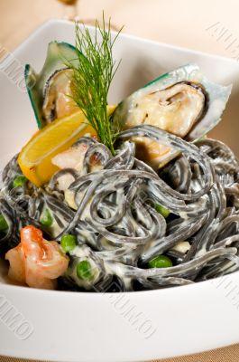 seafood black spaghetti