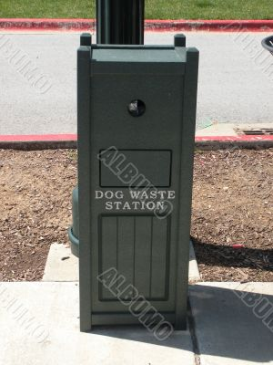 Dog Waste Station / Sign