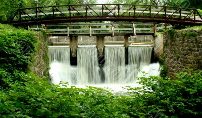 Bridge on a canal spillway