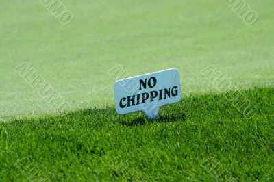 No chipping sign on a practice green