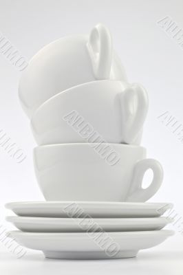 Cups White with sauvers - three pieces stacked