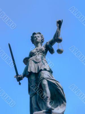 Frankfurt - Justitia Statue at Römerberg