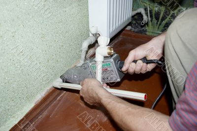 soldering pipes to the radiator